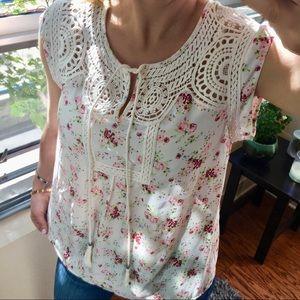 Tops - | gorgeous floral blouse |